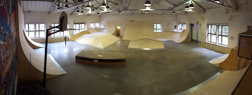 Viljandi indoor skatepark aircraft factory onwheels ramps for Indoor skatepark design uk
